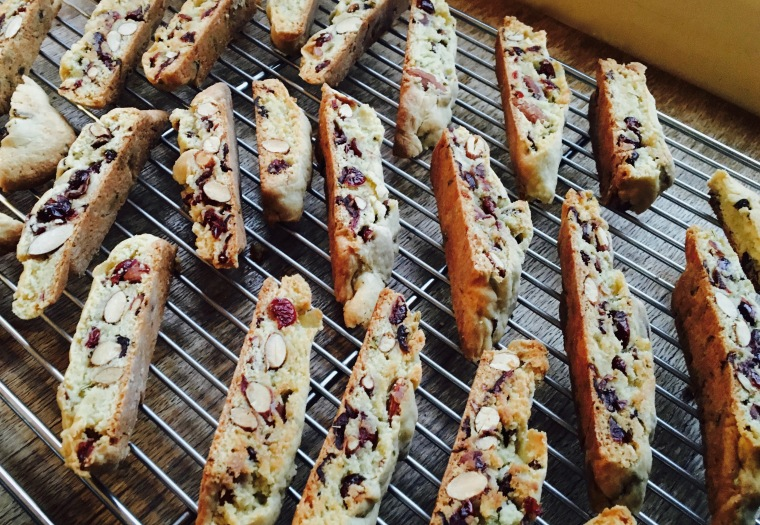 finished-biscotti-on-cooling-rack
